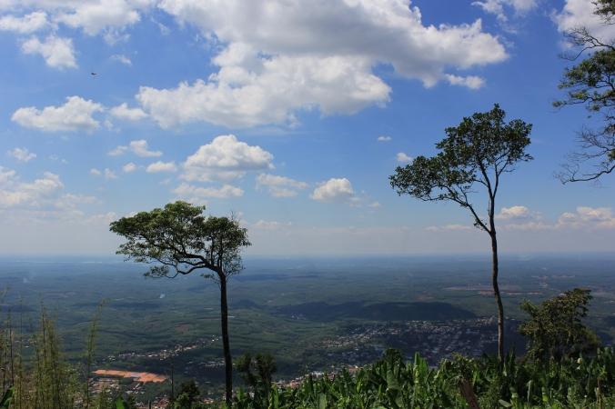 Từ đỉnh núi Bà Rá