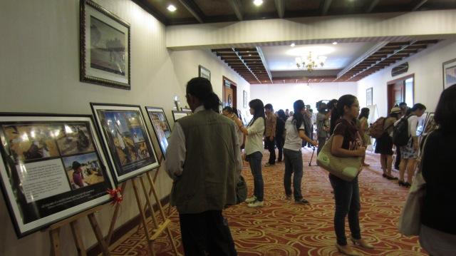 Các tác phẩm đạt giải được trưng bày trong Lễ trao giải