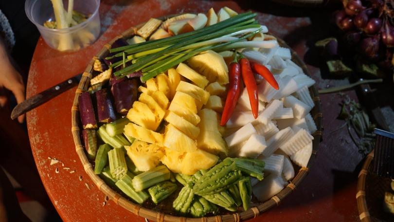 Các loại rau củ ăn lẩu mắm
